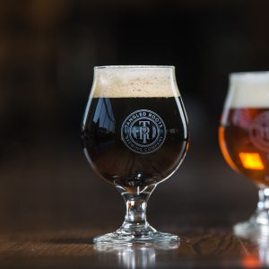 16oz Tangled Roots Belgian Beer Glass